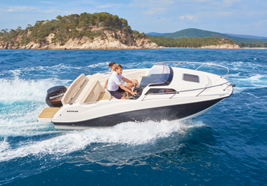 THE NEW QUICKSILVER ACTIV 555 CABIN: ANYTHING GOES