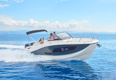 THE NEW QUICKSILVER ACTIV 875 SUNDECK: SUNDECK CHAMPION