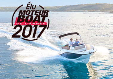 The Quicksilver Activ 605 Open wins the Boat of Year 2017 Award