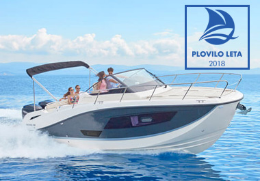 The Quicksilver Activ 875 Sundeck wins the Slovenian Motorboat of the Year Award 2018